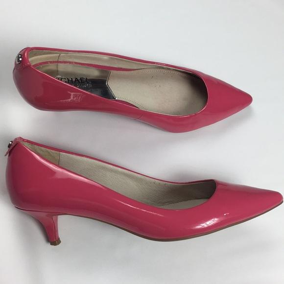 66970a2d434 Michael Michael Kors hot pink kitten pumps size 8